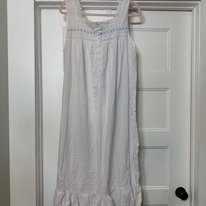 100% cotton soft night gown. Very pretty! Size 2x